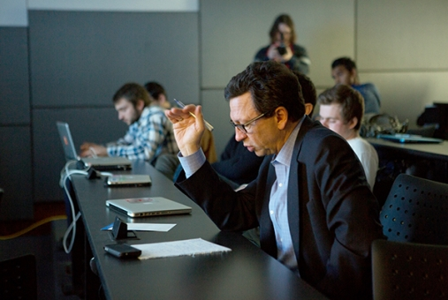 Frank Sesno instructs and mentors students at GW's School of Media and Public Affairs.